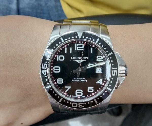 台中流當手錶拍賣 二手極新 原裝LONGINES 浪琴 黑水鬼 不鏽鋼 自動 男錶 喜歡價可議 ZR479